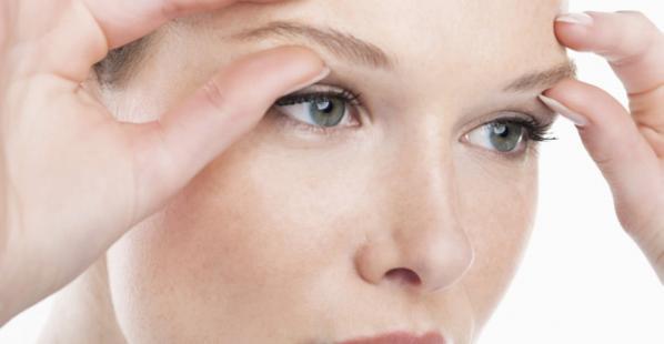 Acupression faciale pour seniors