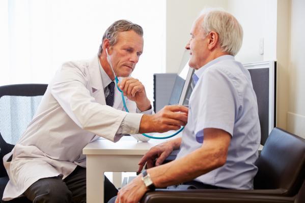 Frais medicaux pour seniors