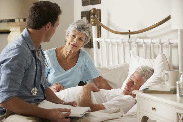 Malade senior en fin de vie