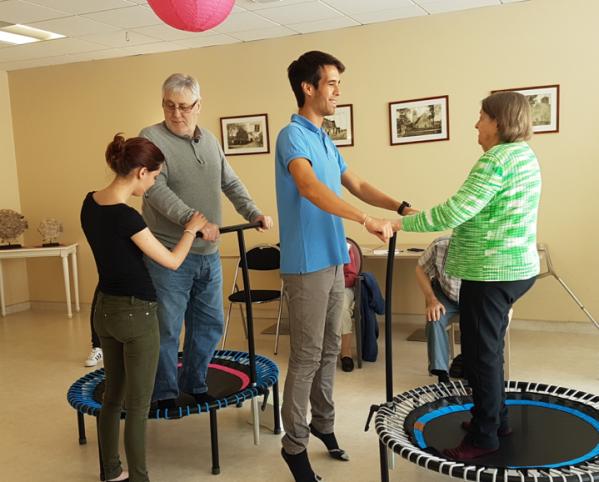Mini trampoline seniors