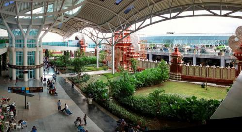 Seniors a denpasar aeroport